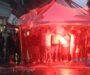 La Samb si presenta sotto la pioggia in piazza Giorgini